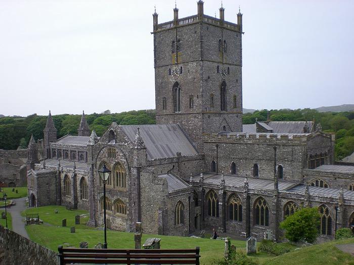Собор Святого Давида (St David's Cathedral), Уэльс, Англия 14100