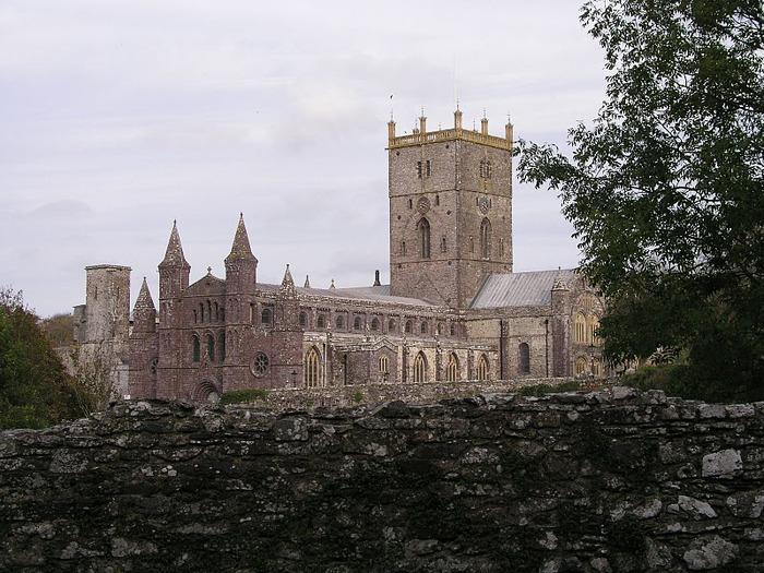 Собор Святого Давида (St David's Cathedral), Уэльс, Англия 96825