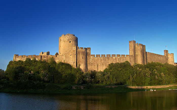 Замок Пембрук в Уэльсе 53532