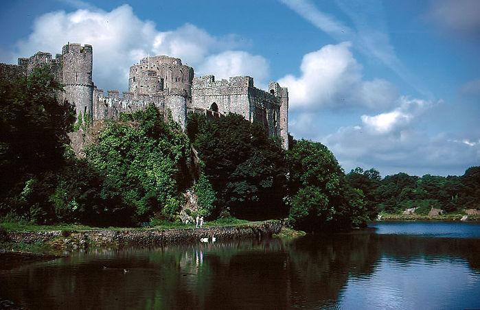 Замок Пембрук в Уэльсе 78251