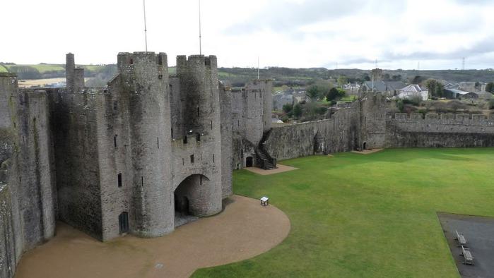 Замок Пембрук в Уэльсе 47256