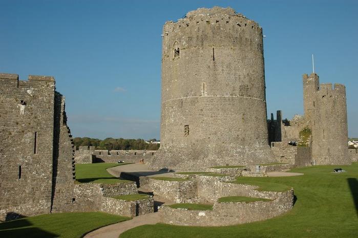 Замок Пембрук в Уэльсе 93560