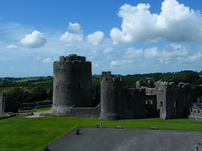 Замок Пембрук в Уэльсе 69786