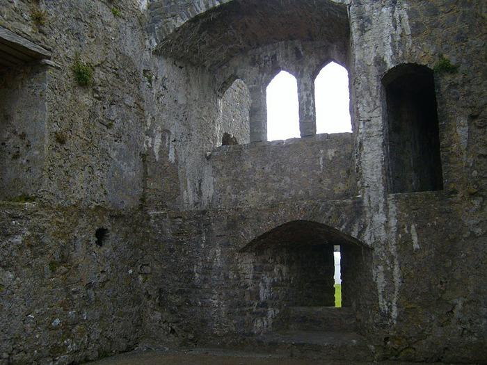 Замок Пембрук в Уэльсе 99388