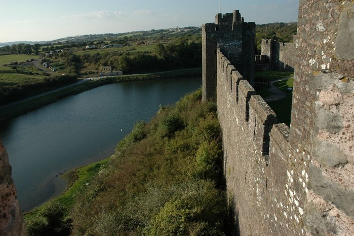 Замок Пембрук в Уэльсе 10852