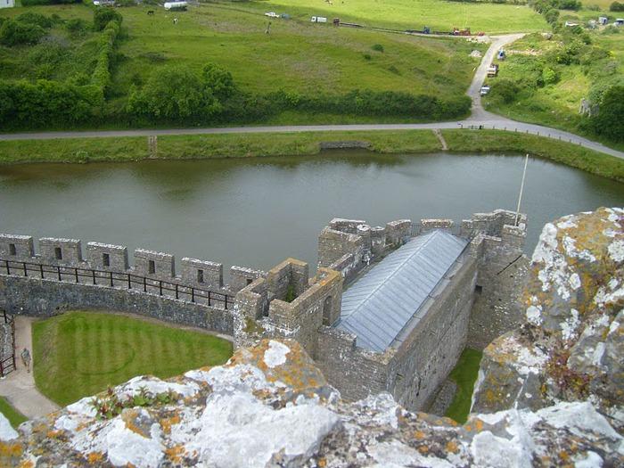 Замок Пембрук в Уэльсе 31032