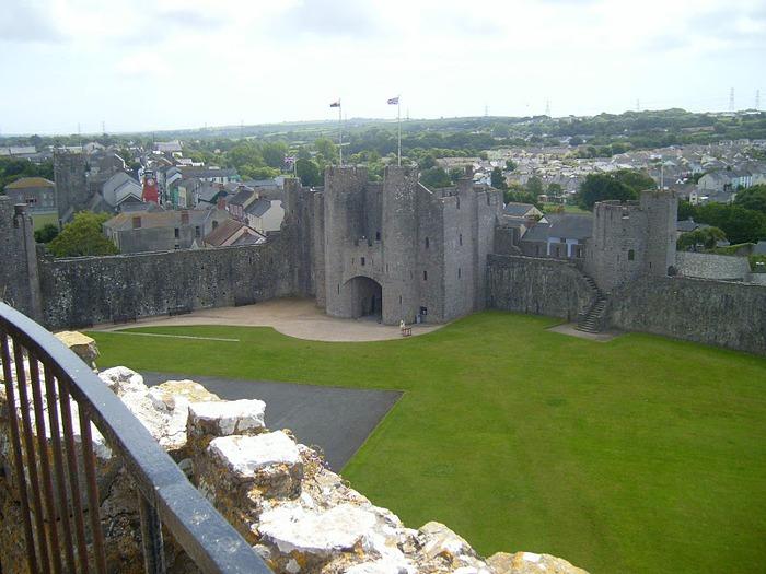 Замок Пембрук в Уэльсе 50550