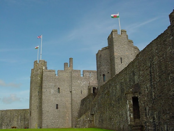 Замок Пембрук в Уэльсе 14660