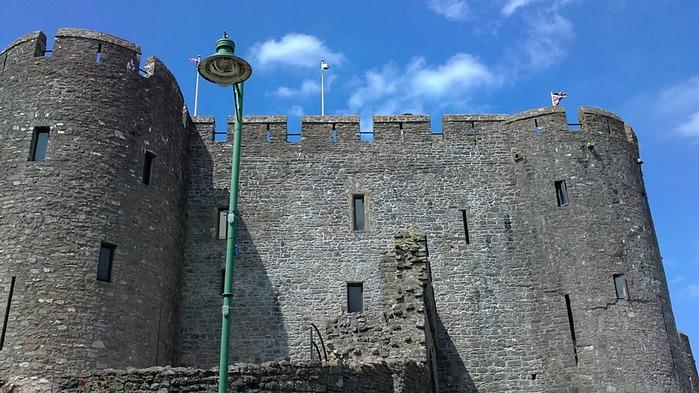 Замок Пембрук в Уэльсе 74459