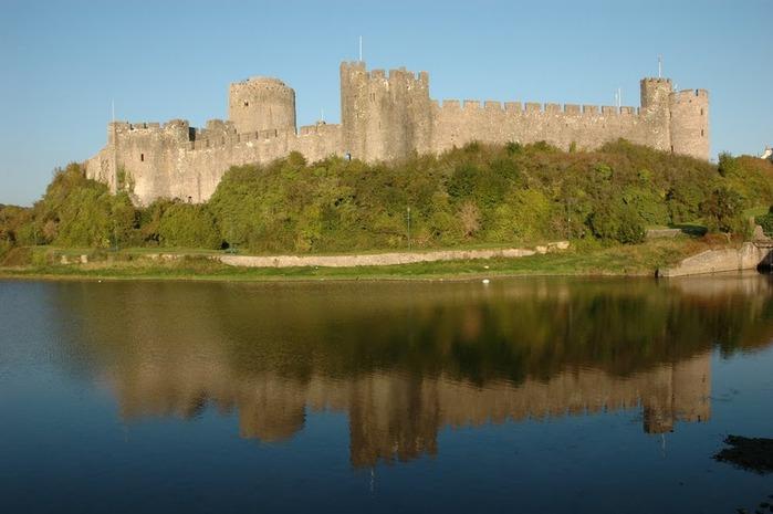Замок Пембрук в Уэльсе 36396