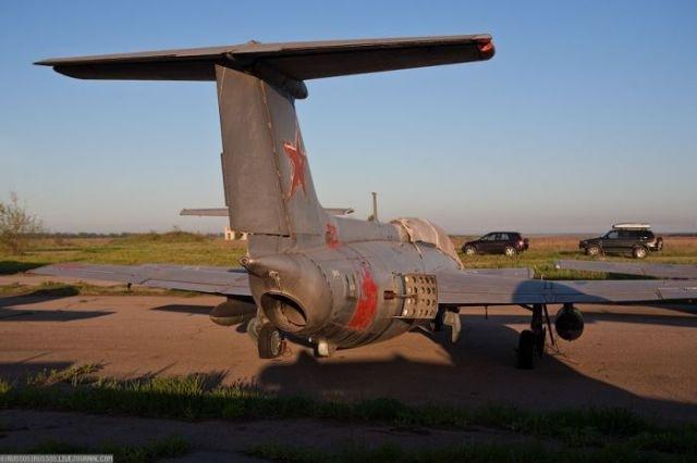 заброшенный аэродром в крыму 12