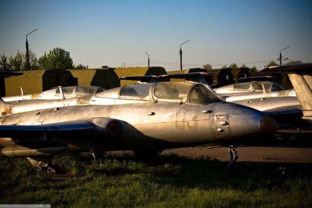 заброшенный аэродром в крыму 17