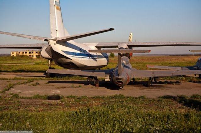 заброшенный аэродром в крыму 37