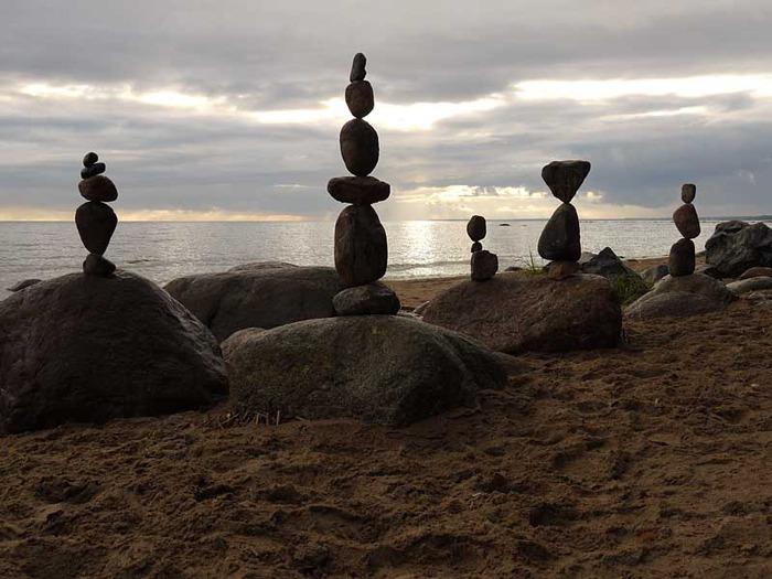 балансировка камней на финском заливе
