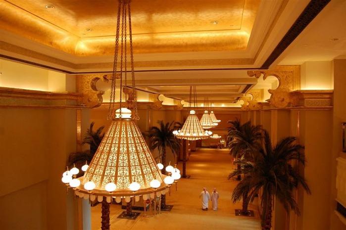 Добро пожаловать в палас-отель «Emirates Palace» 95534
