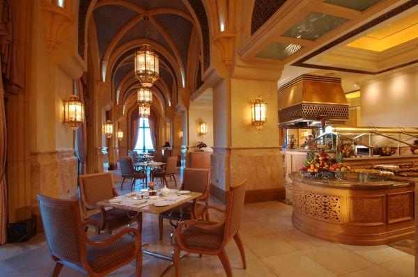 Добро пожаловать в палас-отель «Emirates Palace» 73816