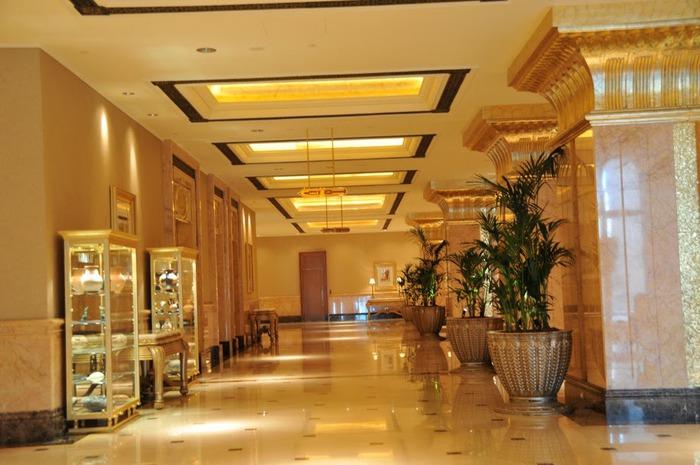 Добро пожаловать в палас-отель «Emirates Palace» 11916