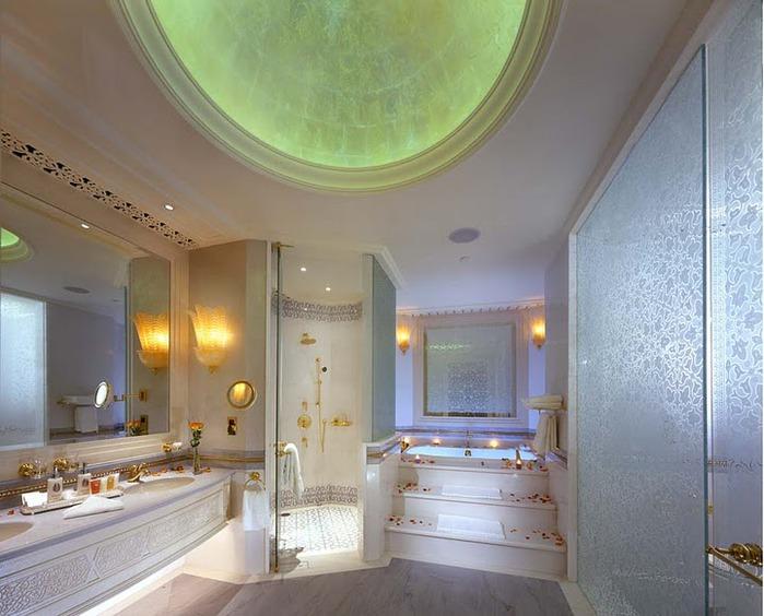 Добро пожаловать в палас-отель «Emirates Palace» 70802