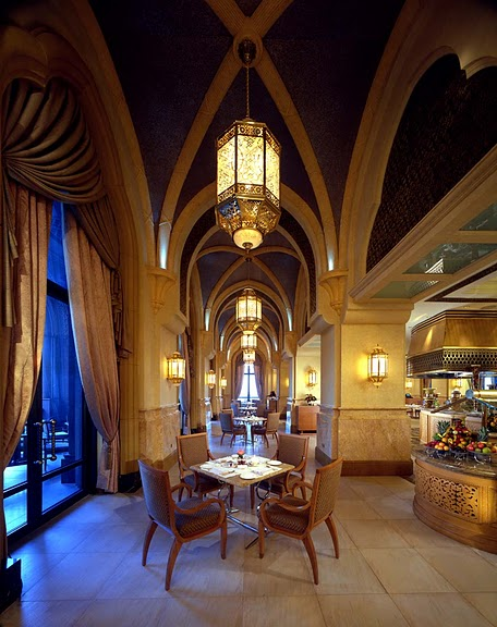 Добро пожаловать в палас-отель «Emirates Palace» 40509