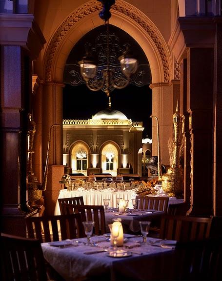 Добро пожаловать в палас-отель «Emirates Palace» 40071