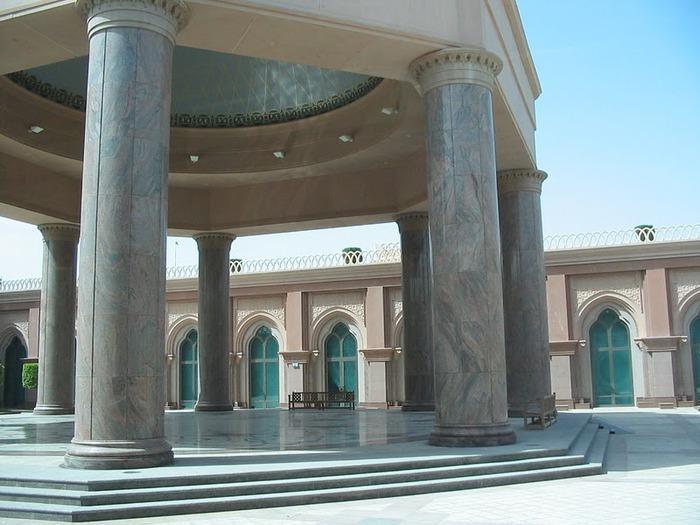 Добро пожаловать в палас-отель «Emirates Palace» 27321