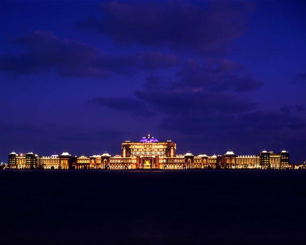 Добро пожаловать в палас-отель «Emirates Palace» 37813