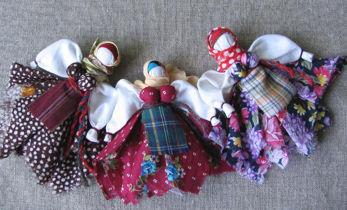 """...мастер-классы  """"Ведические славянские куклы-обереги """", которые будут проходить 3 марта, 17 марта, 24 марта."""