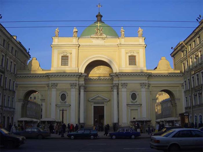 Купол не признал. Невский, 34. Римско-католический храм Святой Екате…
