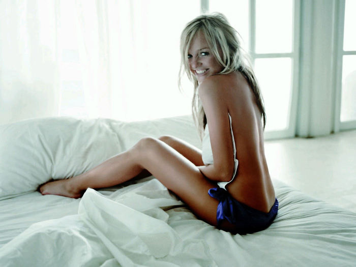 Hot naked photos of emma bunton