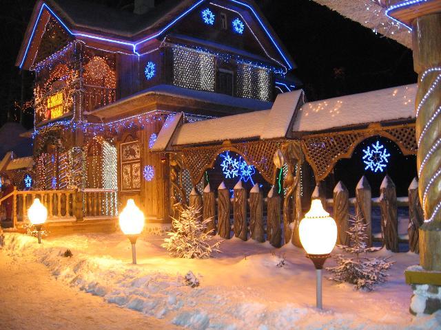 Резиденция Деда Мороза в в Беловежской пуще.