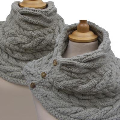 Как обычно весь мир износил шарф-хомут за осень, а я только созрела до его вязания.