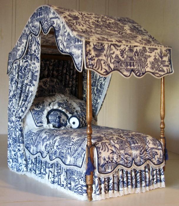 Как сделать для куклы мебель кровать