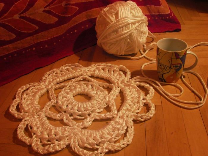 Вязание бельевыми веревками