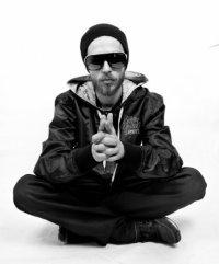 Le Truk готовит к выпуску три альбома