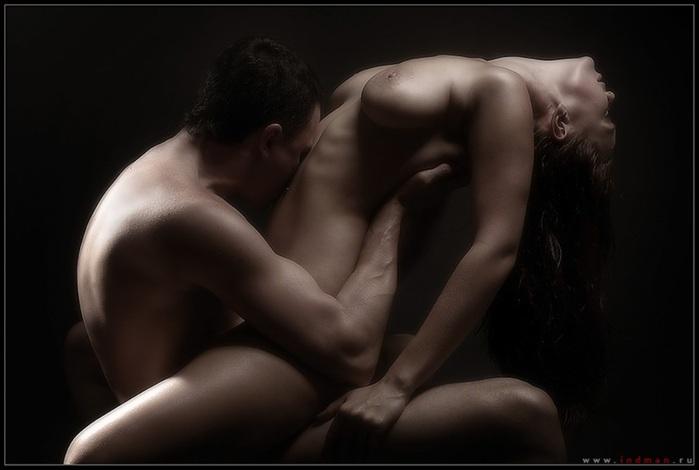 Горячий Секс и нежная Любовь Однажды познакомились, скучая. И вечером в бо