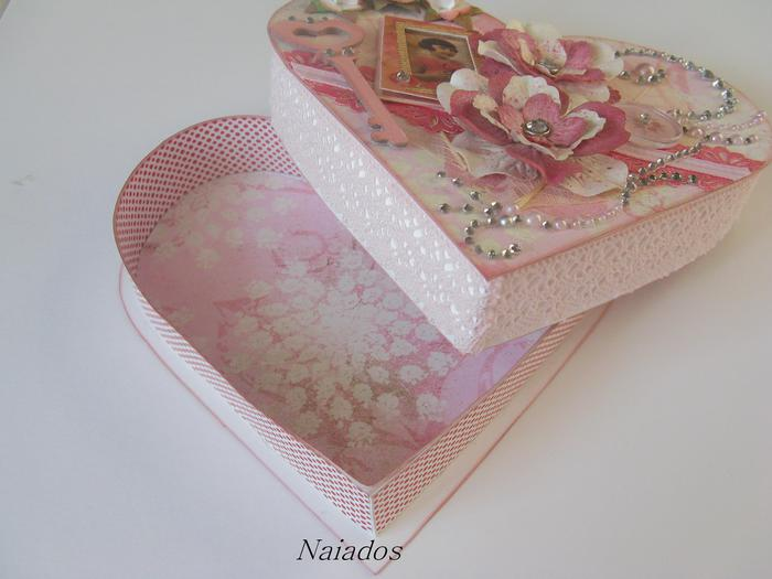 Шкатулка розовое сердце