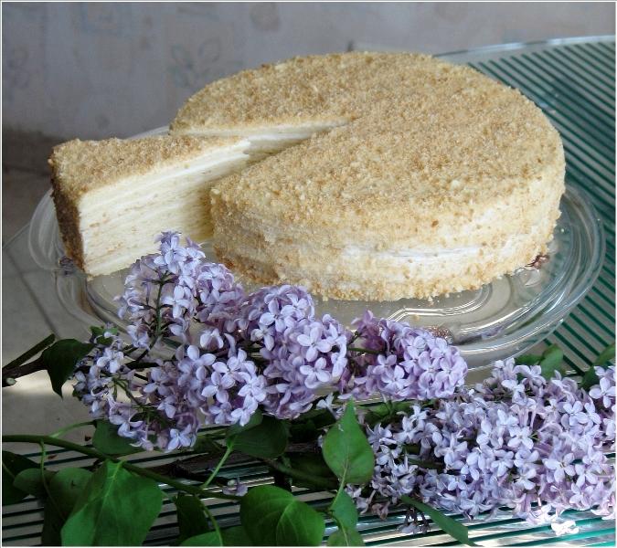Это фото находится также в галереях: торт домашний и торт сметанный.