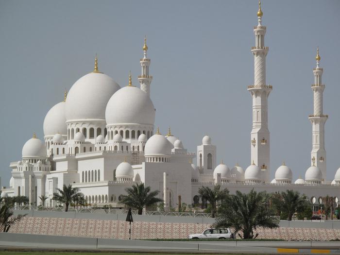 Мечеть шейха Заеда в Абу Даби, ОАЭ