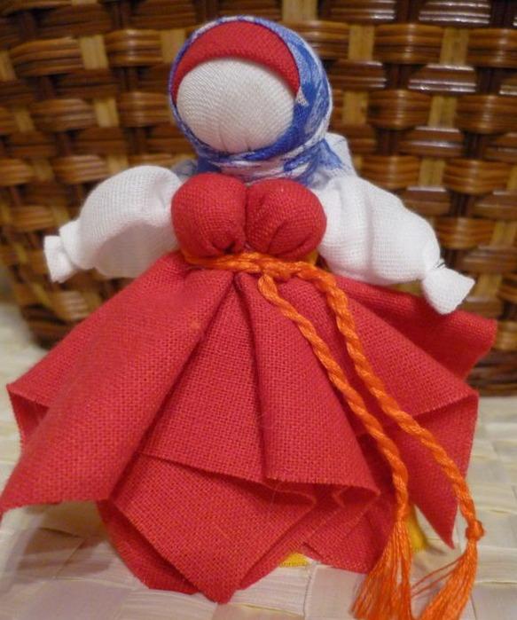 Маленькая кукла мотанка пошагово 79