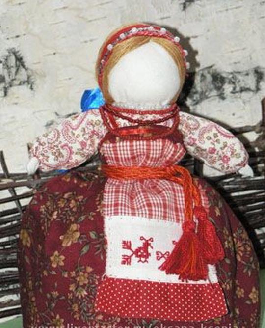 Кубышка-травница Это обережная, целительская кукла, которая следит за тем, чтобы болезнь не проникла в дом.