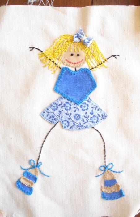 Своими руками можно оригинальнро украсить детскую одежду или полотенце, одеяльце.  Все, что угодно.