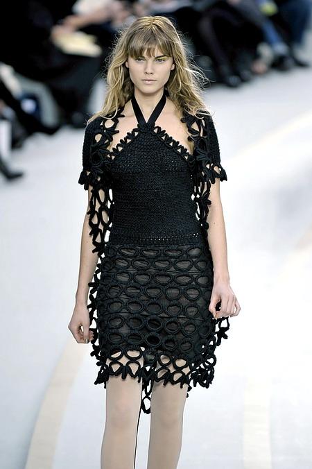 Стильное вязаное платье от Шанель. Вязание 10