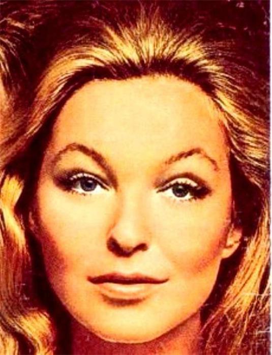 Марина Влади родилась в 1938 году, её настоящее имя Марина