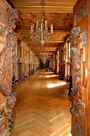 Интерьеры во дворцах и замках фото