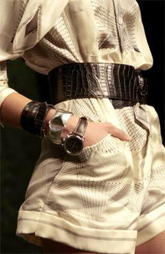 Молодежный стиль - 2010 Прошли времена, когда мода требовала четко...