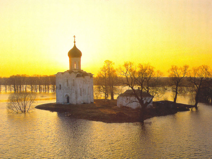 http://img1.liveinternet.ru/images/attach/c/1/57/212/57212471_1270090240_3_hram_pokrova_na_nerli_vlad.jpg