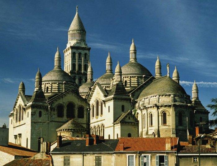 Перигё , церковь Сен Фрон.