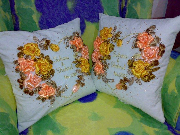 Подушки своими руками с вышивкой из лент
