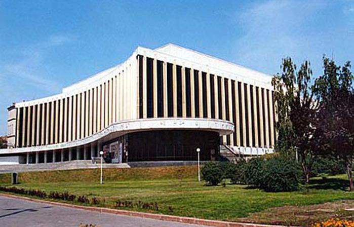 """Государственное предприятие  """"Национальный дворец искусств  """"Украина """" в июне т.г. определит победителя инвестиционного..."""