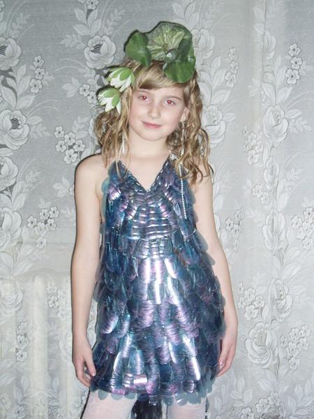 Новогодний костюм Беседка из пластиковой бутылКак сделать